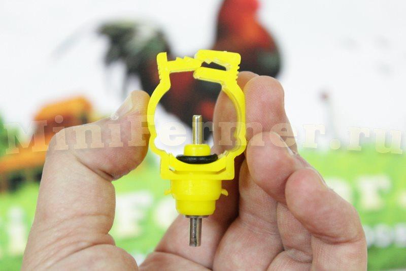 поилка для птиц на трубу
