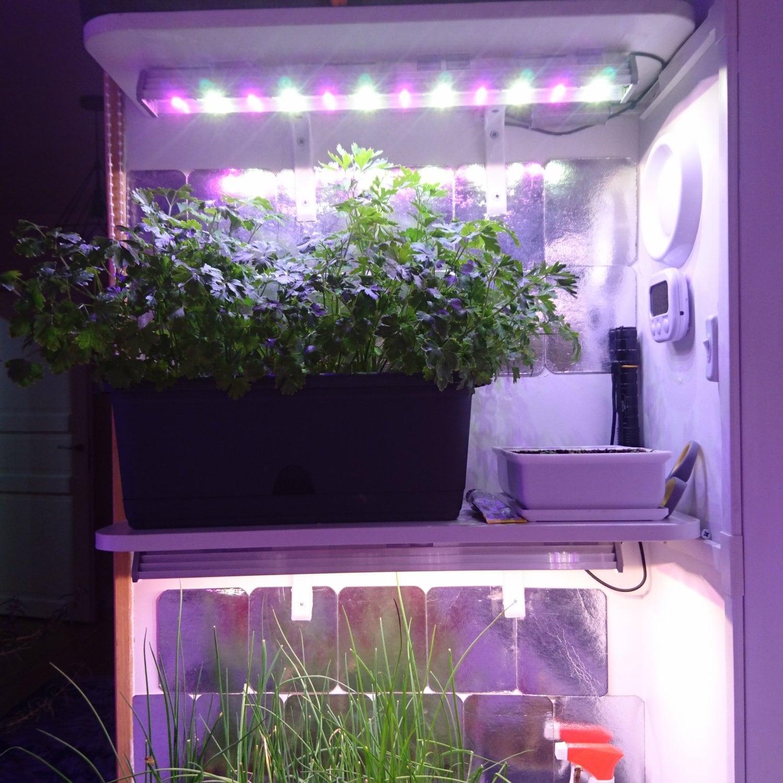 Фитолампа линейная для растений MiniFermer 25 Ватт_60 см 15 led. Спектр на выбор.