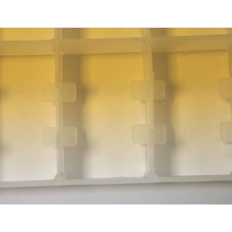 Лоток для гусиных яиц (сотовый) в инкубатор на 32 яица
